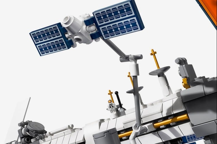 LEGO Launches International Space Station Set 4