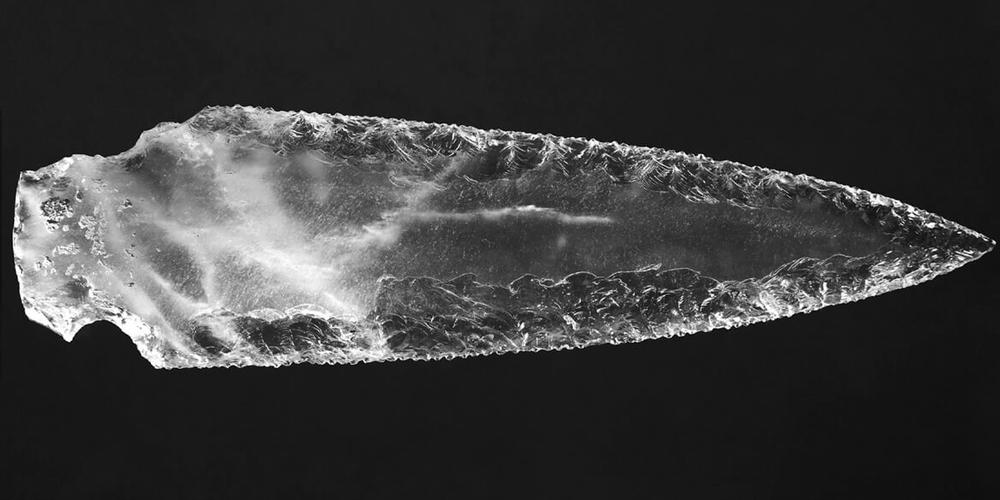 5.000 Yıllık Kristal Hançer Bulundu