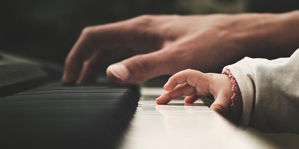 Aklın Dili Müzik