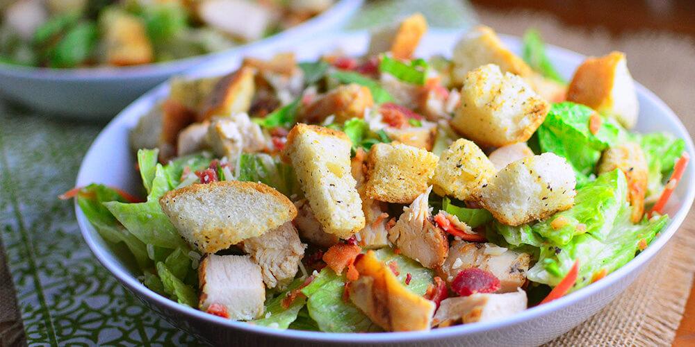 Bir Tutam Sağlıklı Besin: Tavuklu Salata