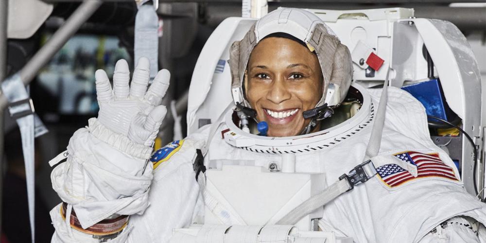 İlk Siyahi Astronot Kadın: Jeanette Epps