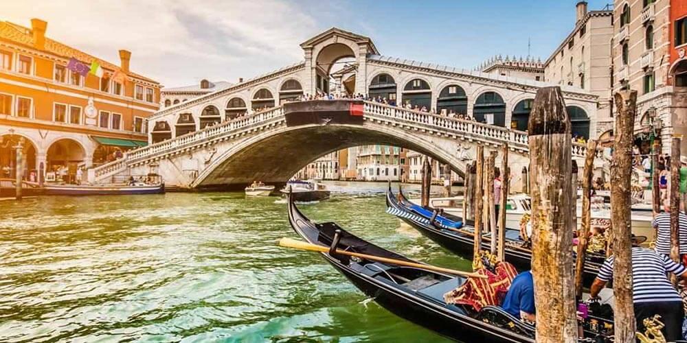 İtalya'da Volkanizma
