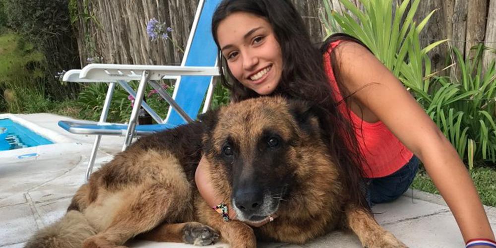 Köpeğiyle Oynayan Kızın Feci Sonu