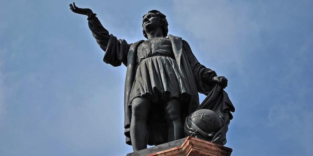 Sömürgeci Kolomb'un Heykeli Taşınıyor